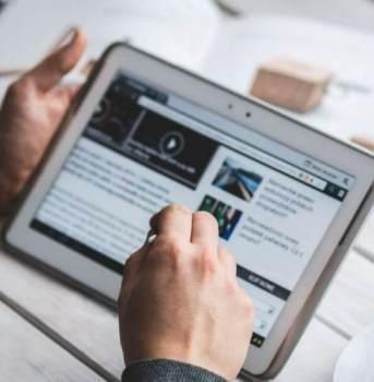 Narzędzia komunikacji biznesowej – jak porozumiewa się firma?