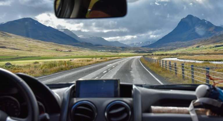 5 Ultimate road trip essentials for an epic adventure