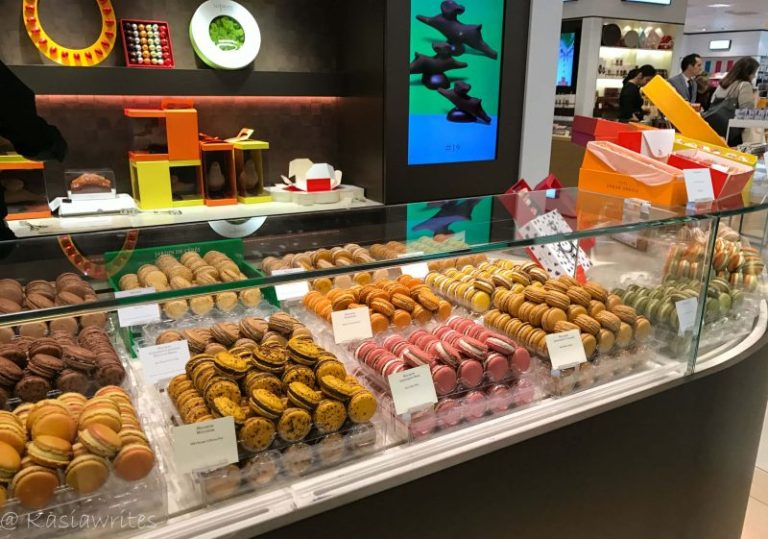 sweets and deserts display
