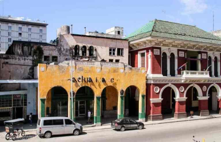 arched buildings in Havana