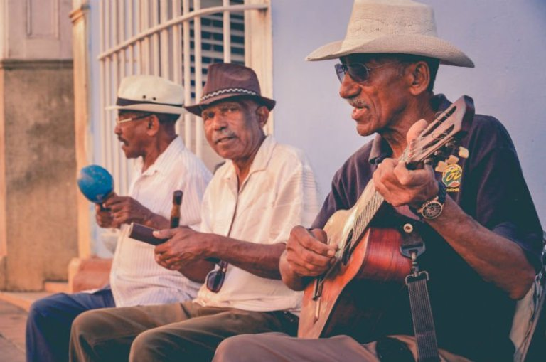 Havana cultural tours: a lesson with Cuban music artists | kasiawrites