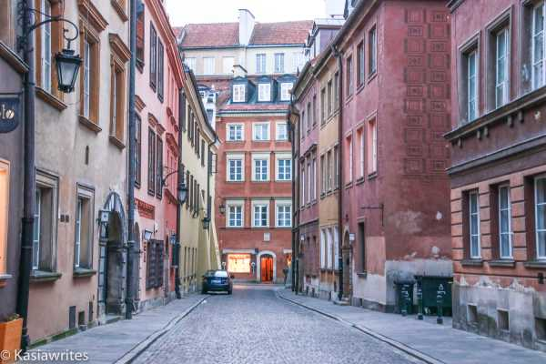 narrow street of old town warsaw
