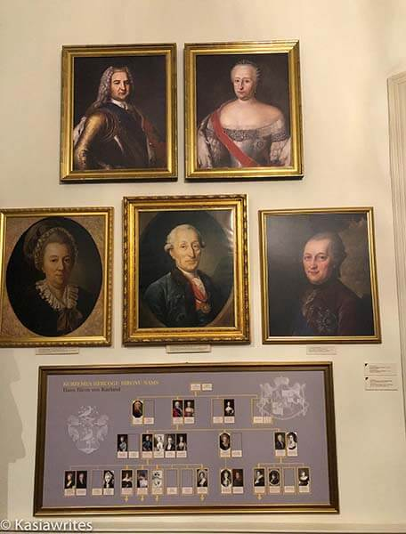 portraits of owners of Rundale Palace
