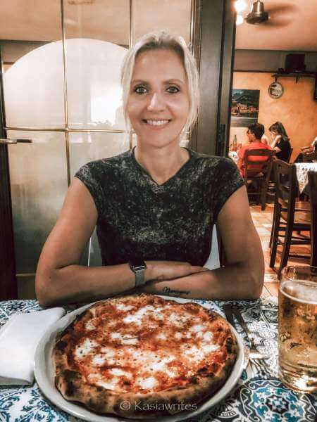 woman with pizza