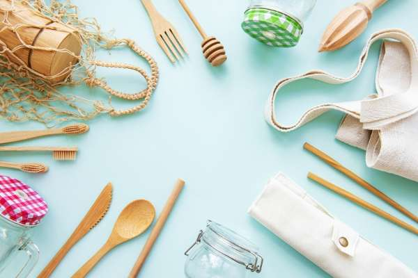 reusable cutlery can help with responsible travel