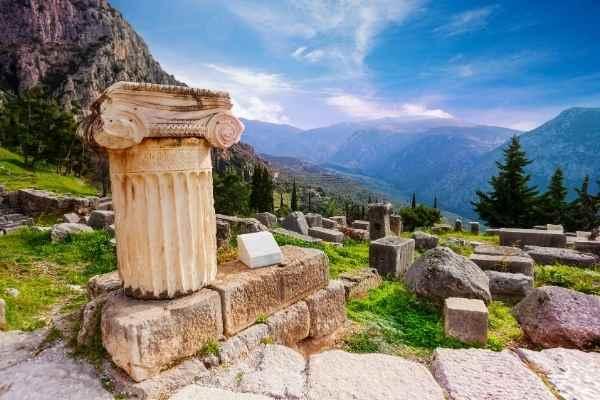 temple of apollo greece