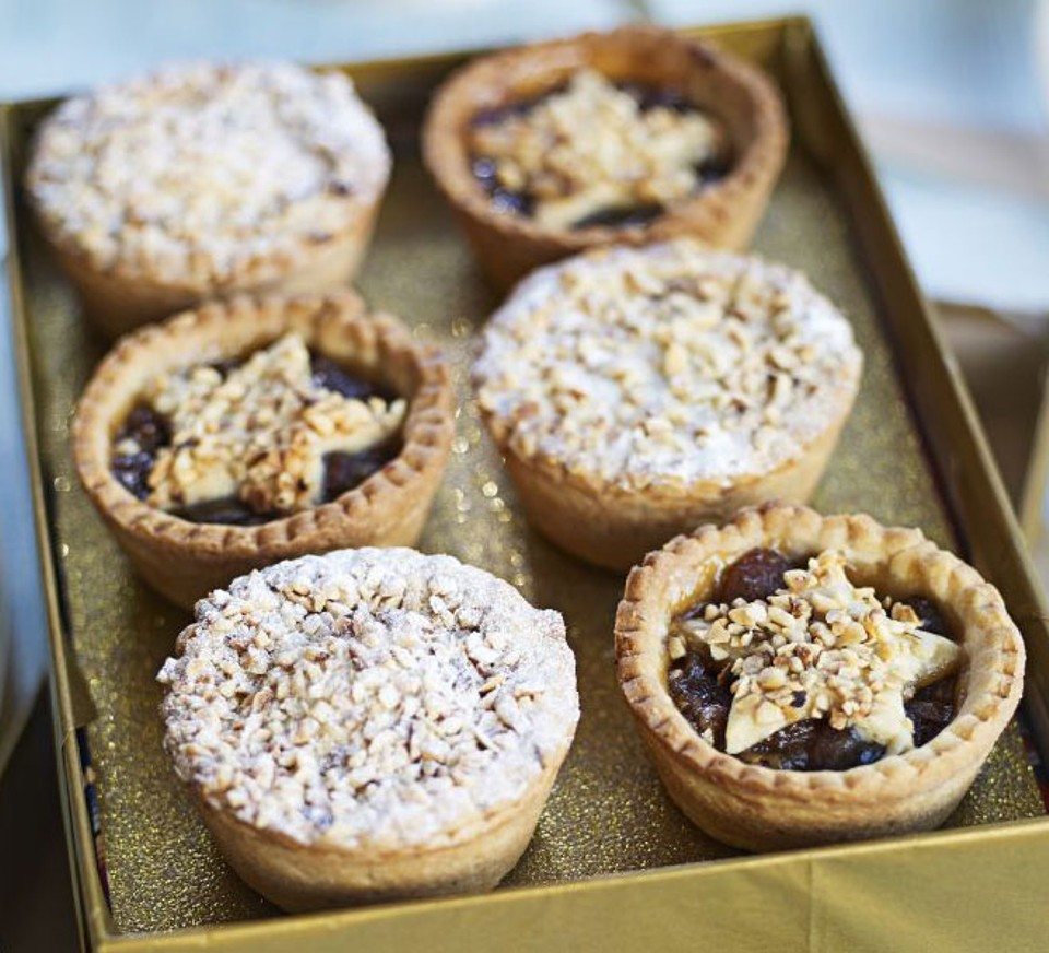 Homemade mince pies