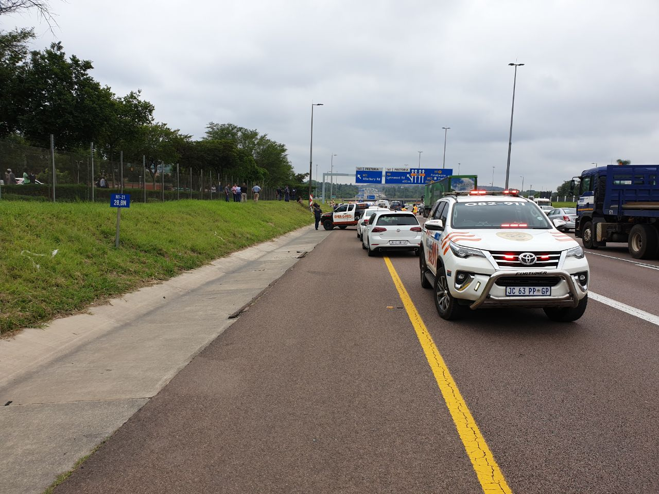 One dead in Ben Schoeman Freeway shooting
