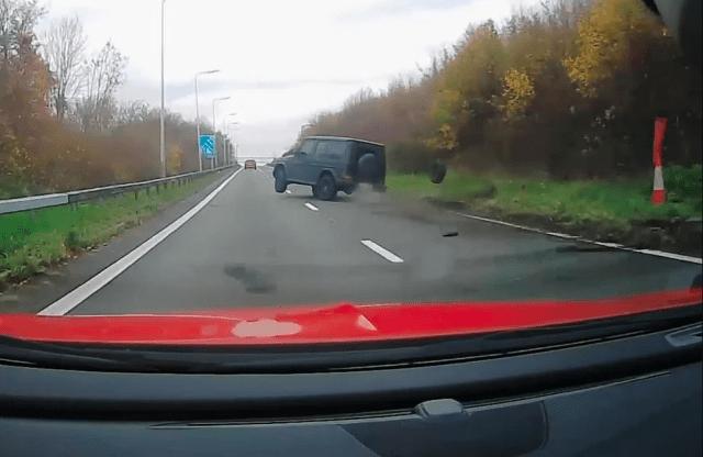 Soccer star crashes Mercedes-Benz G-Wagon