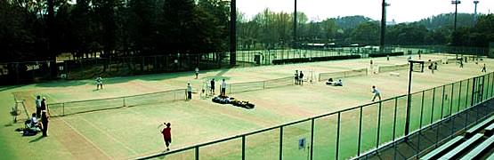 画像:テニスコート