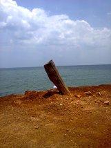 sebuah tonggak, tambatan kapal di kendawangan, ketapang