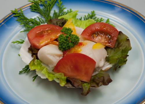 ホタテとフルーツトマトのサラダ