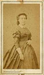 1863. FOTOGRAFOS ESPAÑOLES - Franco-Hispano-Americano, Barcelona. Retrato de señora Reig, carte de visite 1863. Album Reig. Hesperus´ Collection