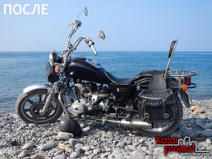 Hasil: Fotografi sepeda motor di pantai dengan cakrawala berjajar