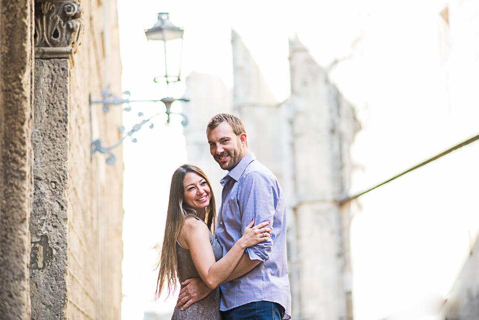 Barcelona couple photo shoot