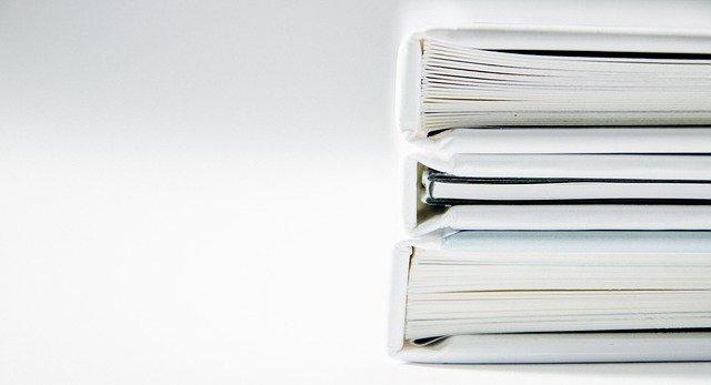 ●コピー用紙と他のラベル類の用紙を100均の□□で収納したらラクになった❣