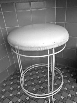 bw vanity chair