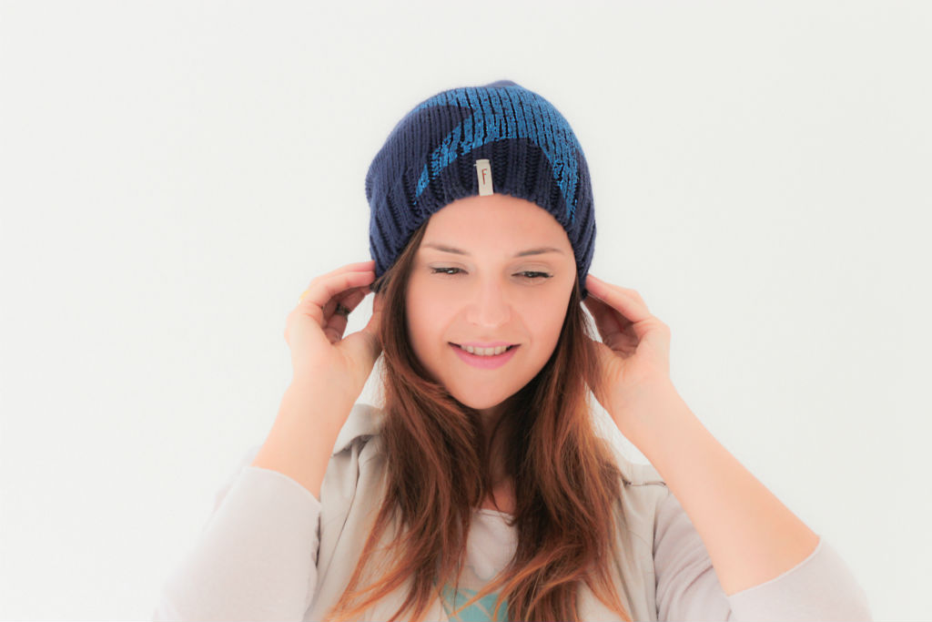 Freakyheads_winter_beanies_katcherry_05