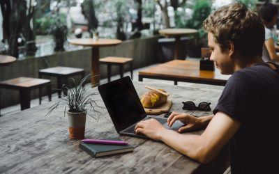 How do you become a successful freelancer?