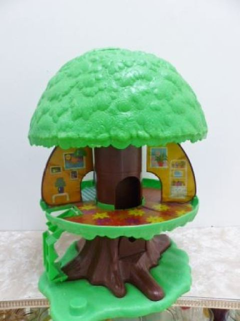 1980s toy tree house by Kate Beavis