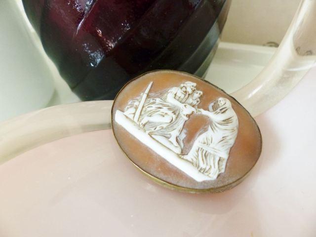 Vintage cameo brooch by kate Beavis