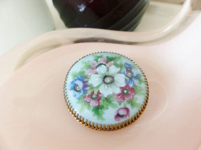 Handpainted vintage brooch by Kate Beavis