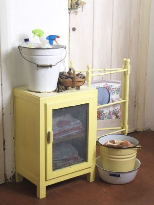 Vintage utility room as featured on Kate Beavis Vintage Home blog