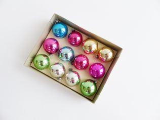 Vintage Christmas decorations as featured on Kate Beavis Vintage blog