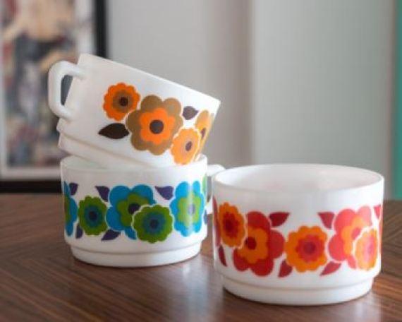 Vintage cups on Etsy as fetaured on Kate Beavis Vintage Home blog