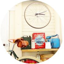 How to make a DIY bike wheel clock by Kate Beavis