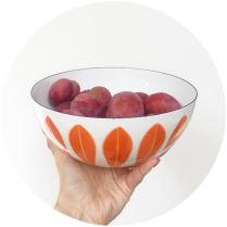 Vintage Cathrine Holm enamel bowl on Kate Beavis vintage blog