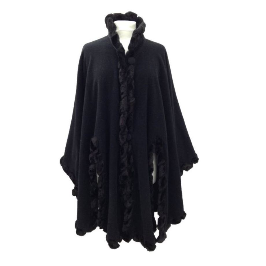 Vintage 1980s cape as featured on Kate Beavis.com blog