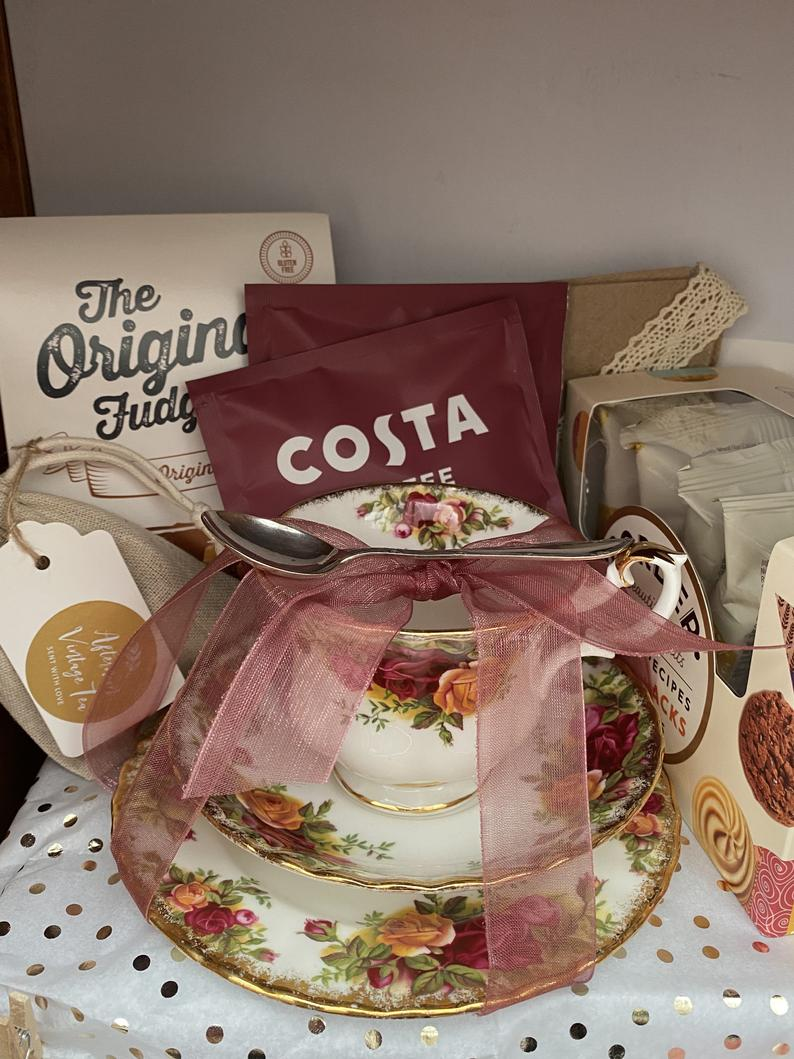 5 Mother's Day Gifts For Vintage Loving Mum's