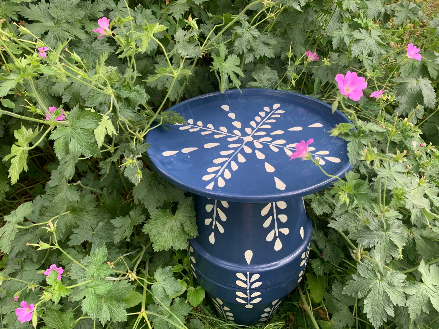 How To Make A Hand Painted Terracotta Pot Bird Bath Or Side Table