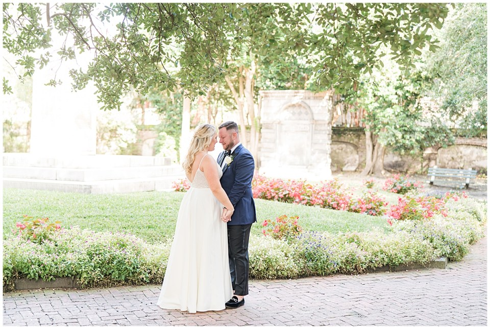 Charleston Cannon Green Outdoor Romantic Wedding_0018.jpg