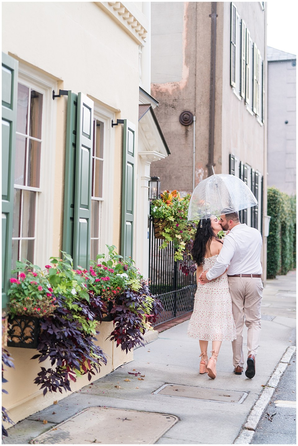 Outdoor Downtown Charleston Engagement Session_0019.jpg