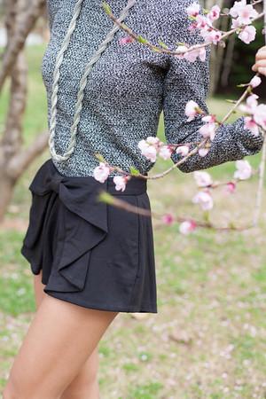 Kate Style Petite l Bow Shorts