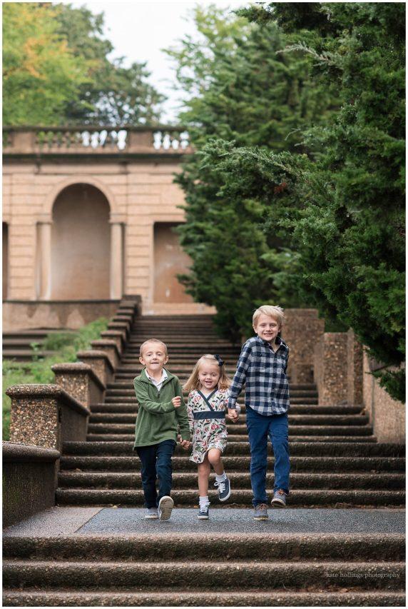 Siblings in Meridian Hill Park