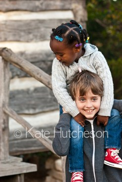 nashville photographer, brother and sister piggyback ride