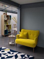 salon graphique canapé jaune