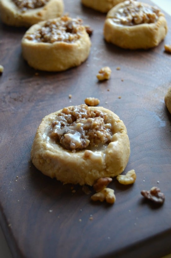 Chewy Walnut Christmas Cookies