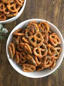 Spiced Pretzels - an addictive snack!