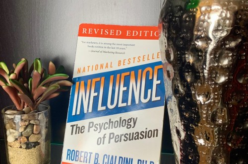 Influence:-The-Psychology-Of-Persuasion