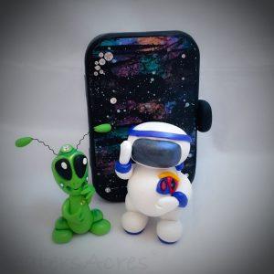 Polymer Clay Astronaut Tutorial   CLICK for astronaut, galaxy, & alien tutorials too