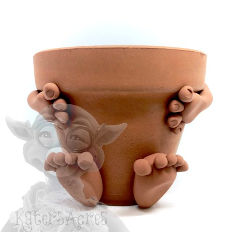Hug Planter Pot by Kater's Acres