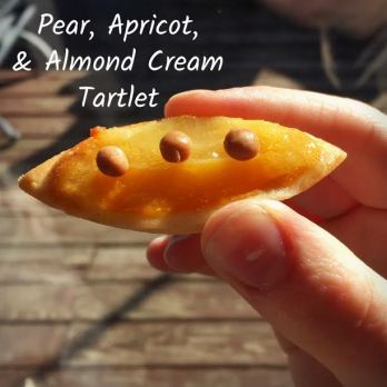 pear-apricot-and-almond-cream-tartlet