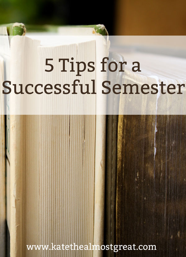 Looking to have your best semester yet? Check out these 5 tips that will show you how to succeed in college by staring the semester as good as possible.