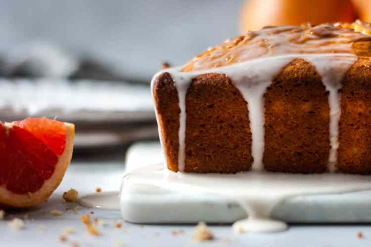 Light and bright, this grapefruit cake recipe comes together quick and tastes amazing!
