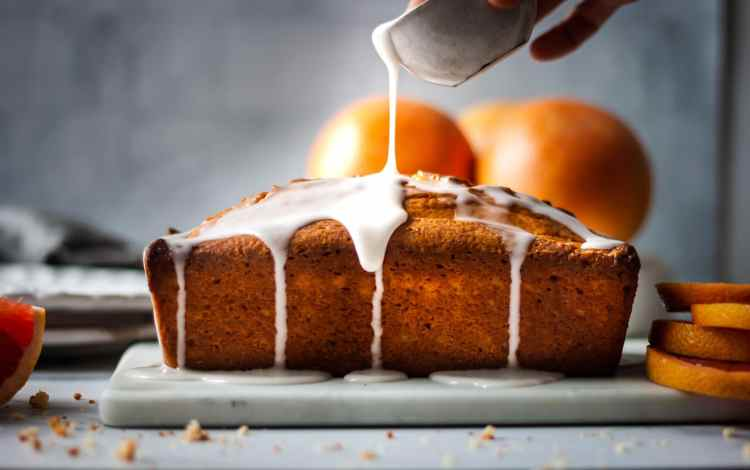 A lovely sweet glaze completes this grapefruit cake.