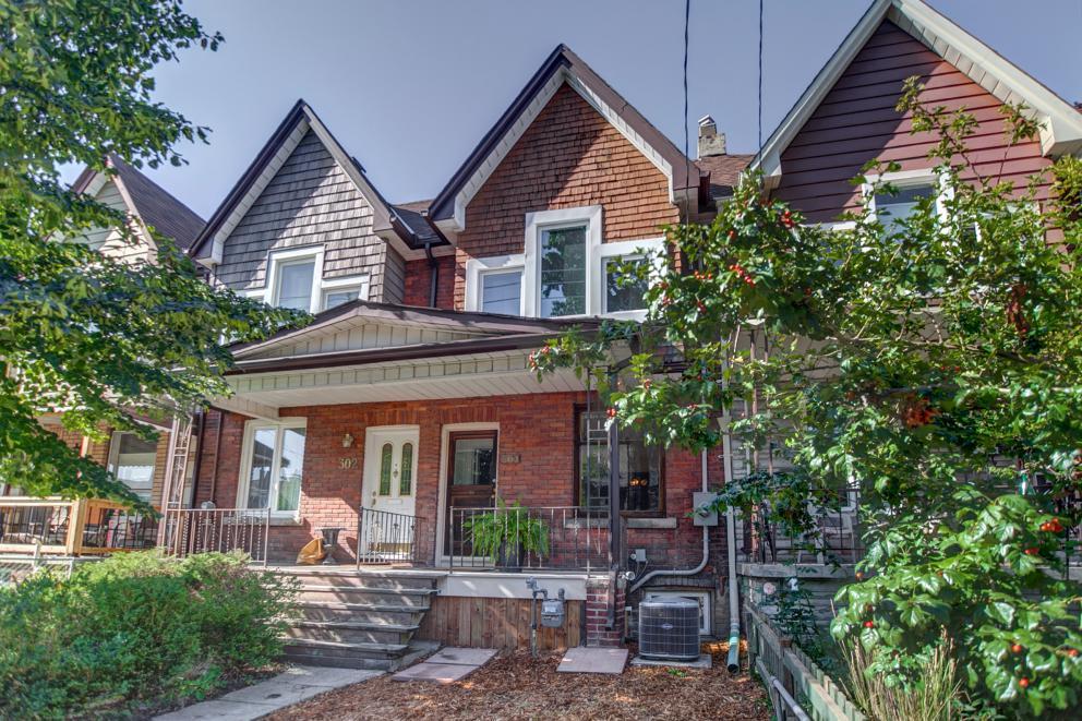 304 Delaware Avenue | Dovercourt Park Home for Sale | Kate Watson